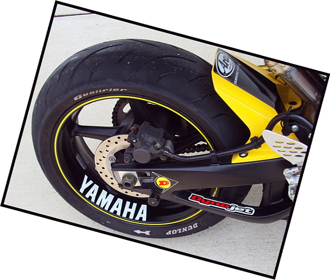 Yamaha wheel decal your opinions yamaha r1 forum yzf r1 forums